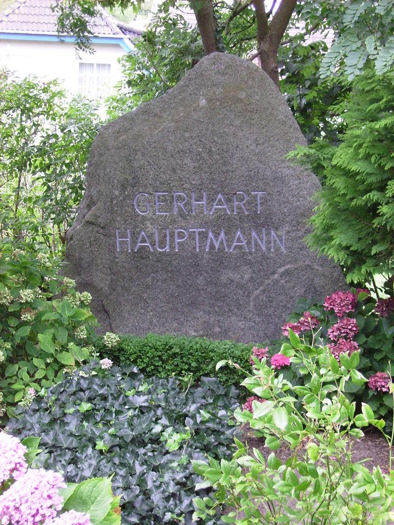 Grab von Gerhart Hauptmann